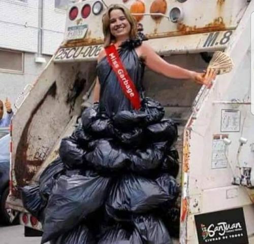 Yulin recoge la basura